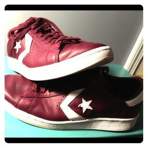 Converse burgundy leather one star